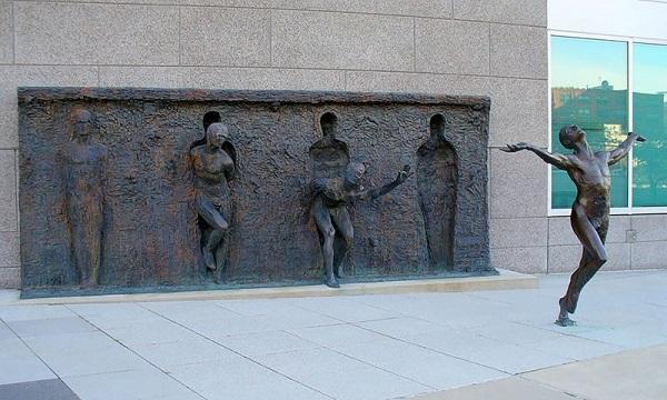 Прорыв, Филадельфия, США