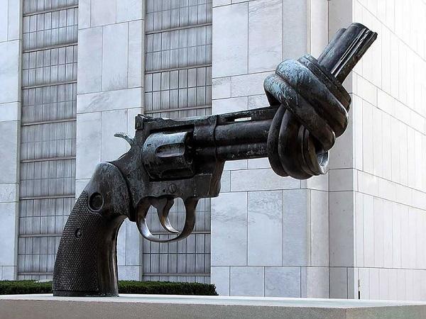 Револьвер узлом, Нью-Йорк, США