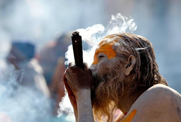 верующие курят марихуану