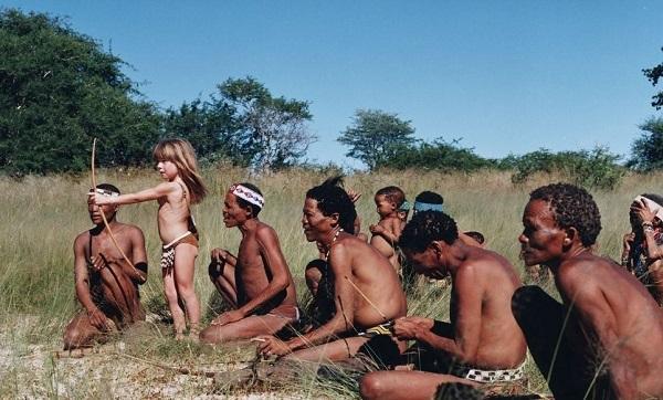 Типпи  с аборигенами племен Намибии
