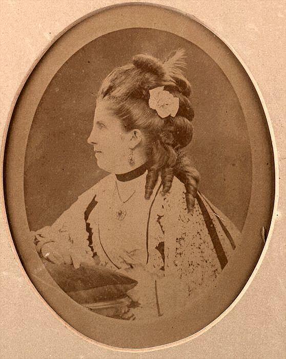 Изабелла Бойер