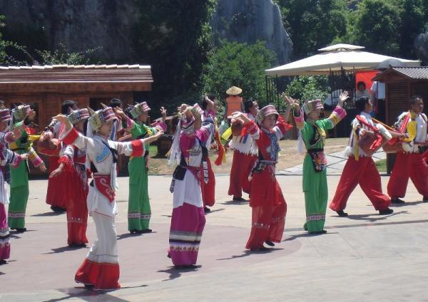 Фестиваль Факелов, Китай