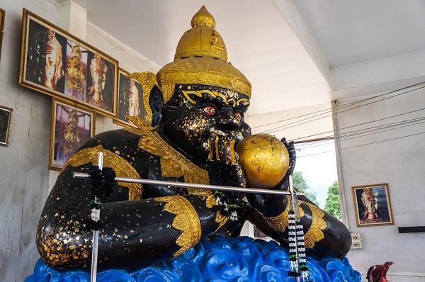 Божество Таиланда: Пхра Раху